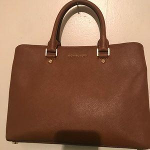 "Used Michael kors ""savannah satchel"" tote bag"